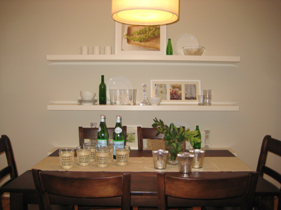 A Few Ideas For Arranging Your Floating Shelves