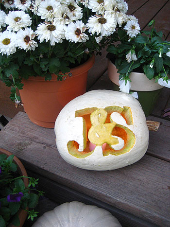 Making A Monogrammed Pumpkin & An Ornate Carving