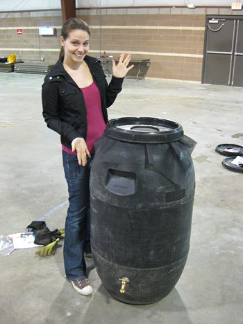 Building Your Own Rain Barrel To Water Lawns, Help Gardens And Wash Cars