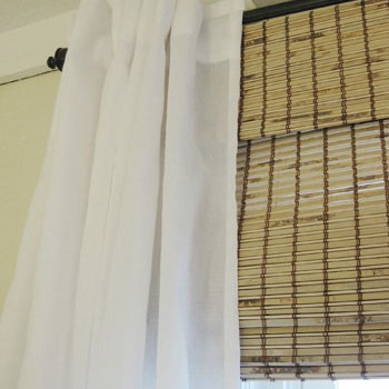 curtain-and-bamboo-roman-sh