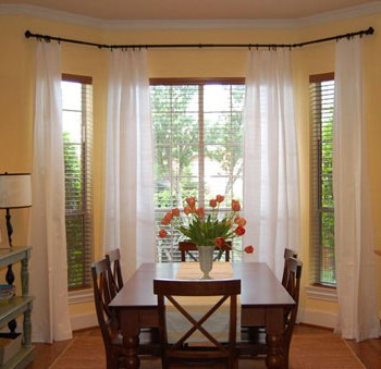18 Tips For Picking The Right Curtains & How To Hang Them