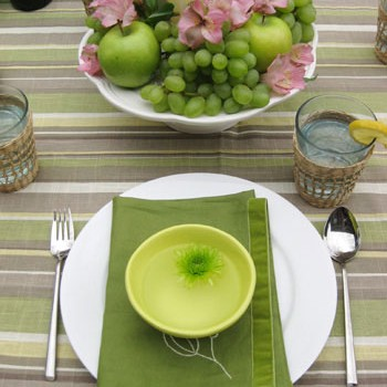 Cute Picnic Ideas (From Centerpieces To Cheese Labels)