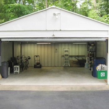 Organizing The Garage: A Time Lapse Video