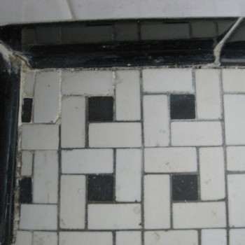 bathroom-badtile3