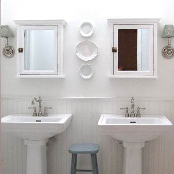 Reader Redesign: Light & Lovely Loo