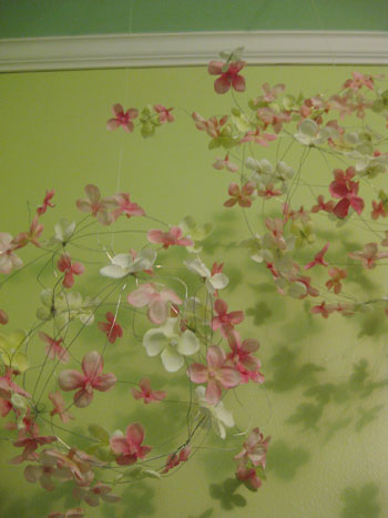 How To Make A Sweet Flowery Mobile For The Nursery