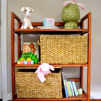 playroom-bookcase-close