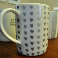Easy Craft Project: Doodle On Your Mugs