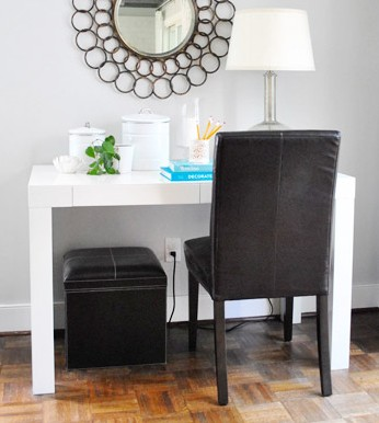 Using Oil-Rubbed Bronze Spray Paint To Update Chair Legs