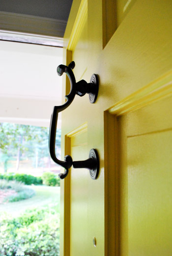 Updating Old Brass Hardware & Handles With Spray Paint