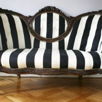 Reader Redesign: Lovely Loveseat