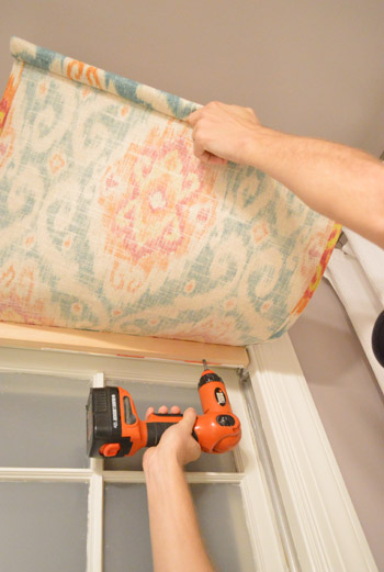 How To Make A Fifteen Minute DIY Window Shade