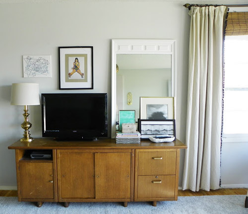 Reader Redesign: A Layered Living Room