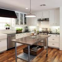Reader Redesign: Farmhouse Kitchen