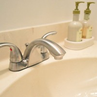 How To Switch Out A Bathroom Faucet