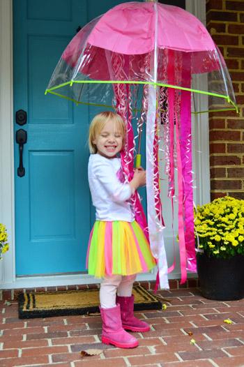 Clara's Homemade Jellyfish Costume (With Lights)
