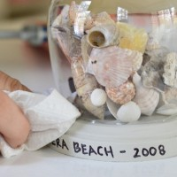 Weekly Crafty: Making Vacation Keepsake Globes