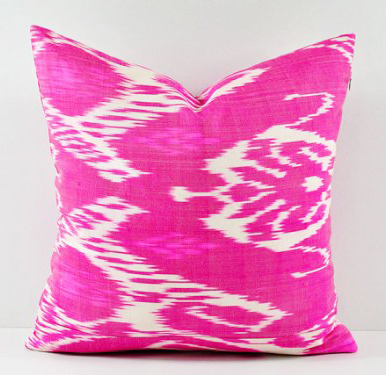 Ikat believe how much I love this hot pink pillow. #puns4days