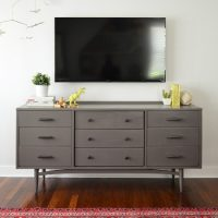 Mounted-TV-After-No-Cords-Straight-On-450