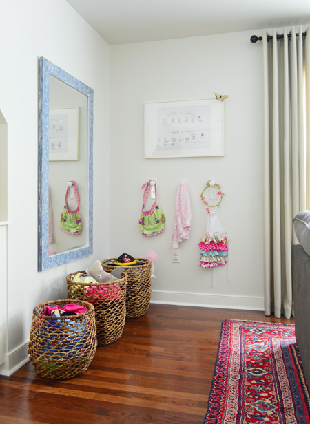 Playful-Family-Bonus-Room-Dress-Up-Corner