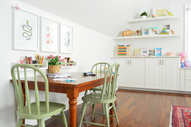 Playful-Family-Bonus-Room-Kids-Art-Desk