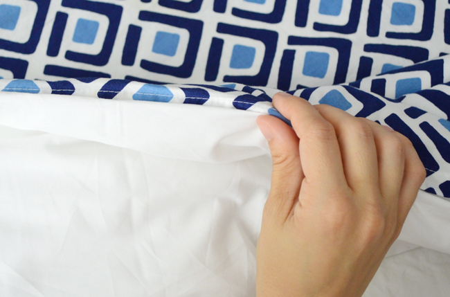 Split-Duvet-After-Pinching-Fold