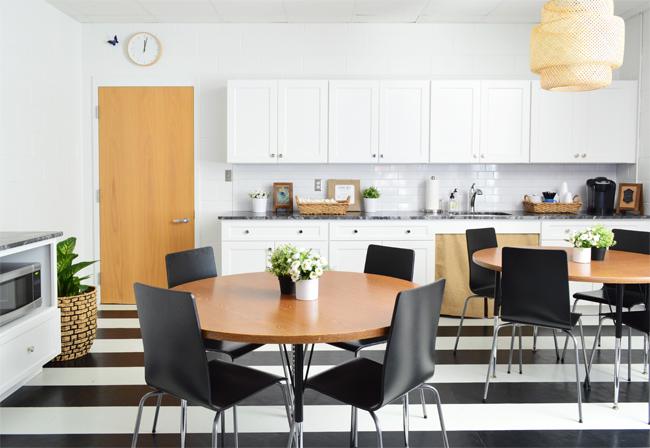 Teachers-Lounge-Dining-Tables