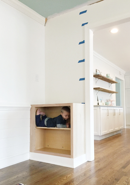 built-in-bookshelves-7-boy-in-bases