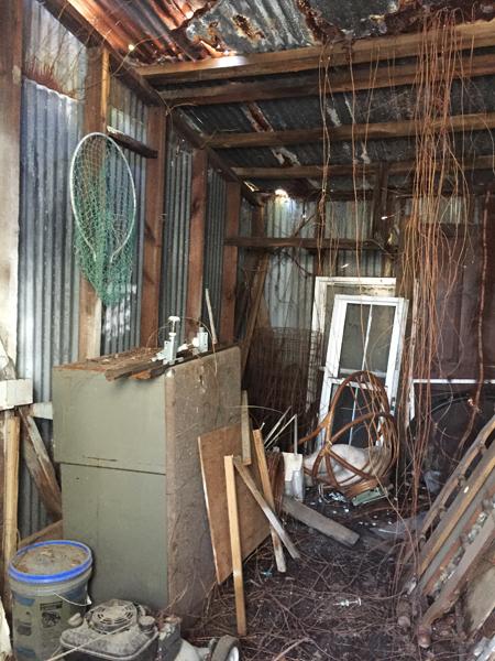 ep27-beach-house-shed-inside