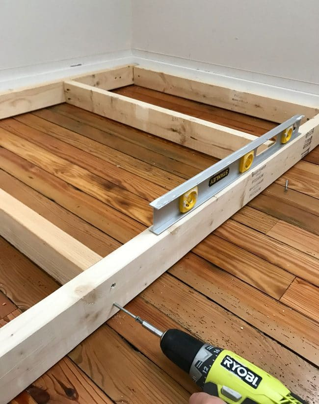 leveling base frame of bottom bunk bed