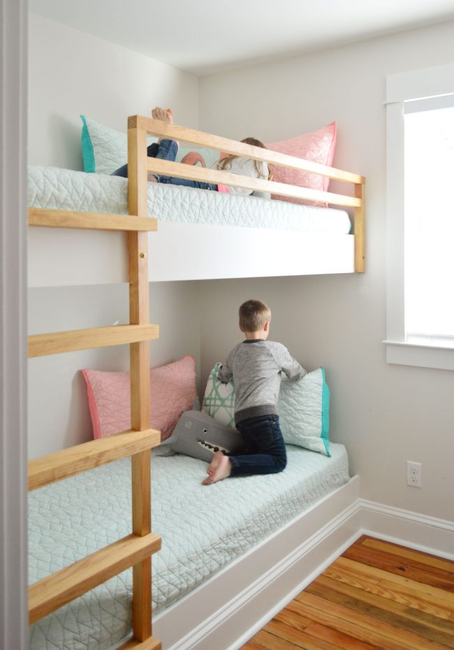 Advantages Of Utilizing Loft Beds For Kids Plans diy built in wall to wall bunk beds with children