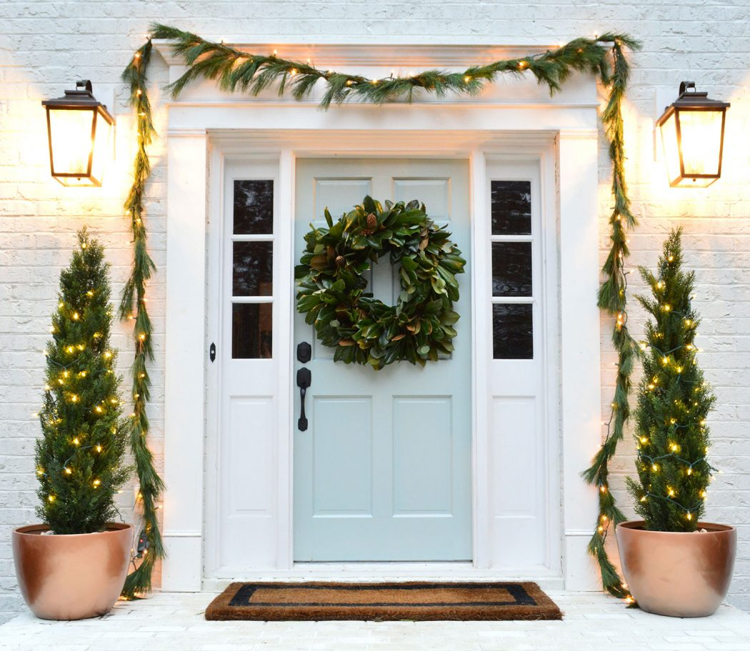 Holiday House Tour 16 & How We Decorated The Beach House