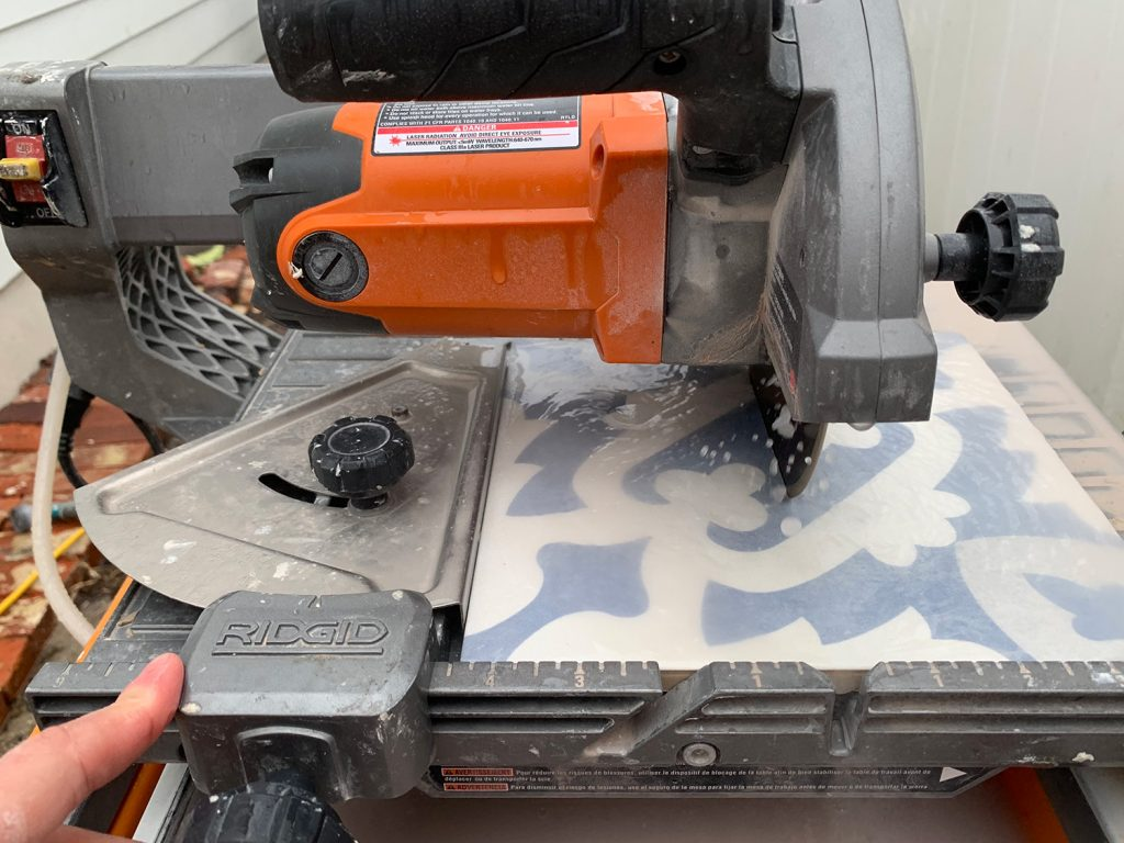 Cutting Patterned Tile On Wet Saw Using Guide
