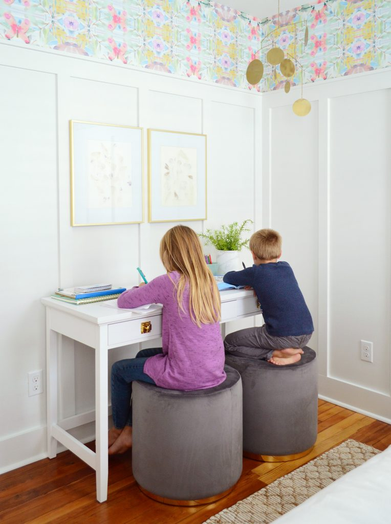 Kids Sitting On Stools As Writing Desk In Beachy Bedroom