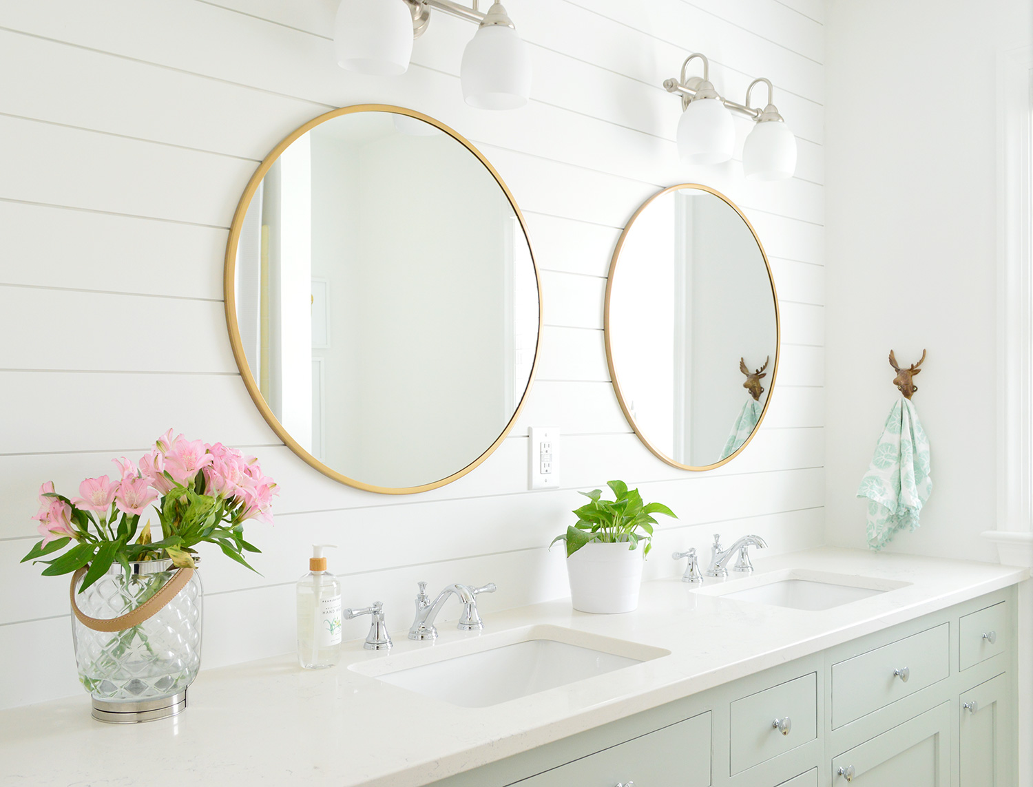 A Surprisingly Quick And Demo Free Hall Bathroom Makeover Young House Love