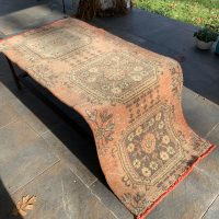 How We Cleaned A Dingy Secondhand Rug