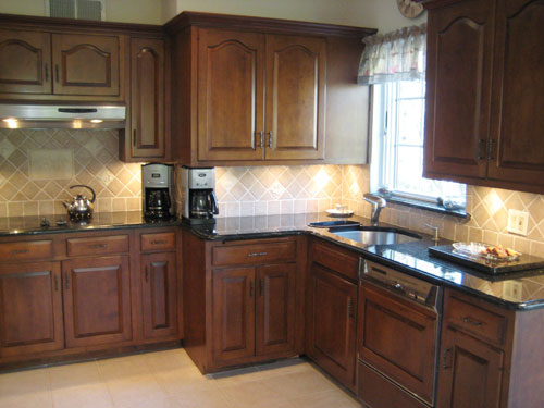 What Color On Kitchen Walls Goes Well With Mosaic Backsplash
