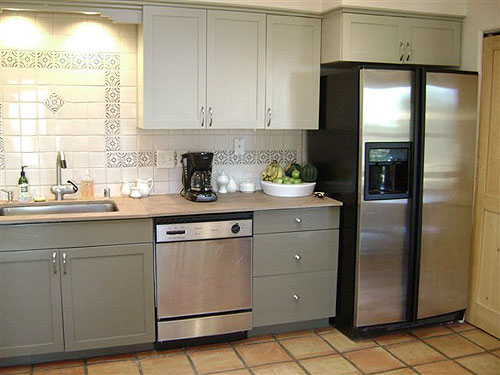 painted kitchen cabinet makeover before and after