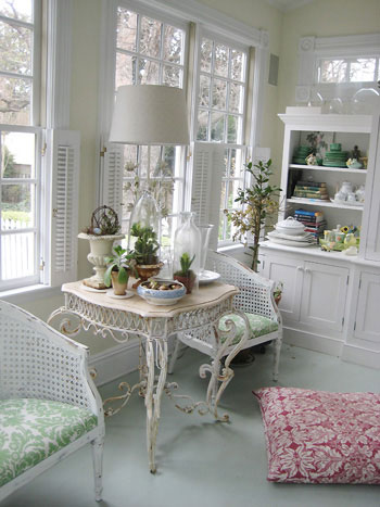 sunroom-back-porch-plants-nursery1. And for one last touch of soft blue in