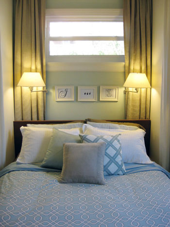 bedroom-pillows-gorgeous-mix-and-match-clearance