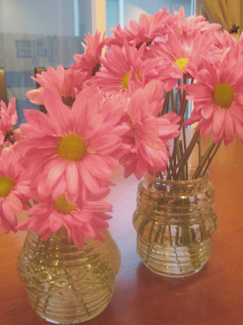 light-cover-vases-repurposing-cheap-vase-flower-arrangement