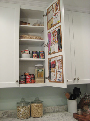 cabinet-pin-board-for-your-kitchen
