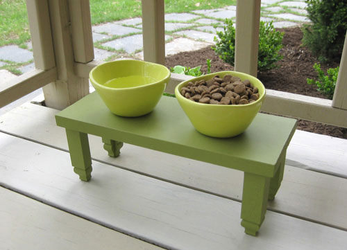 dog-feeding-station-food-and-water-outdoor