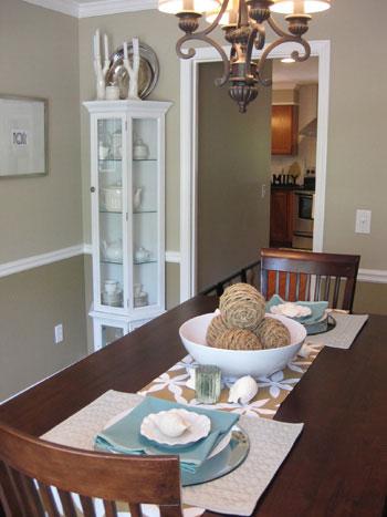 dining-room-hutch-china