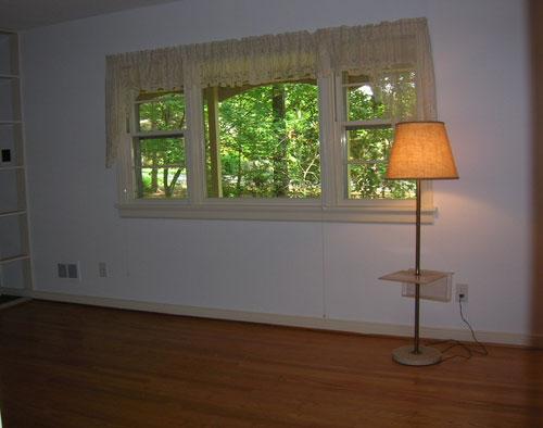 housebeforelivingroom