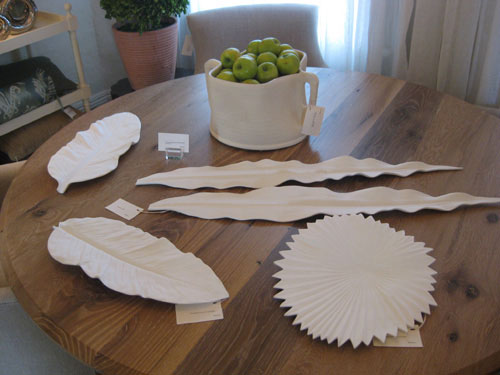 white-ceramic-leaf-platters-and-plates