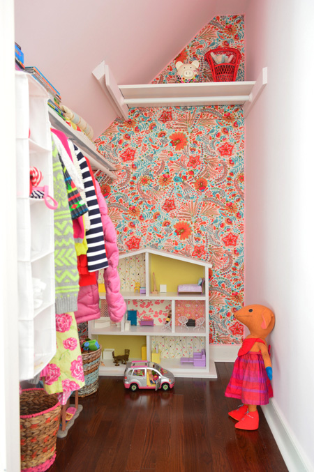 Young house love wallflowers aka how to cover a wall - Decorar paredes con telas ...