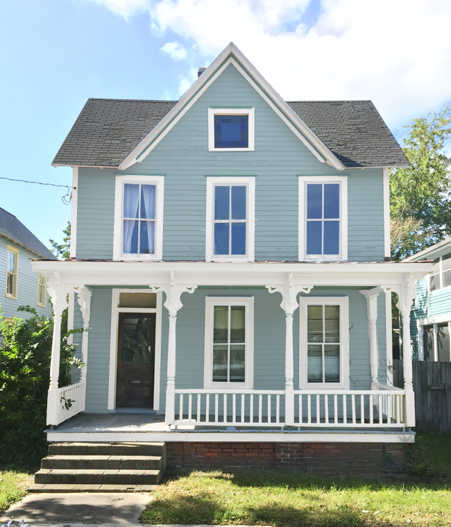 House Colors: How We Picked Our Beach House Color