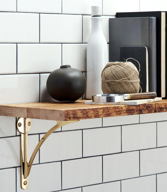 Kitchen Shelf Brackets: How To Make Long Reclaimed Wood Shelves