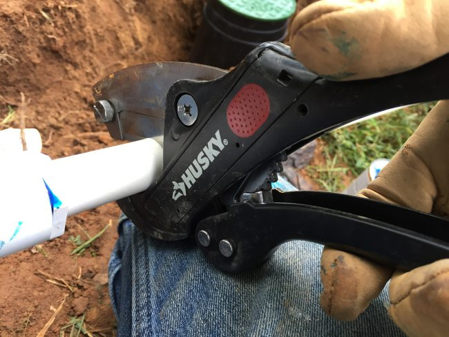 cutting pvc pipe with husky ratcheting scissors